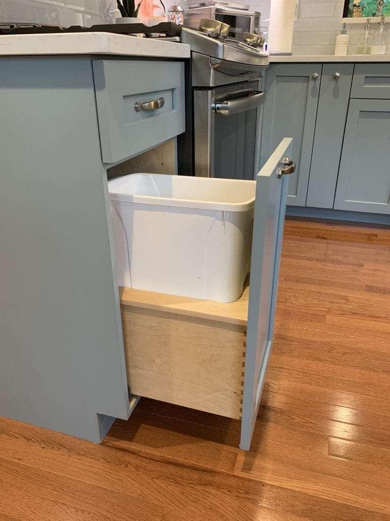 Dean Cabinetry Eudora Semi Custom Haze Full Access Full Overlay Kitchen Pull Out Trash Rev A Shelf
