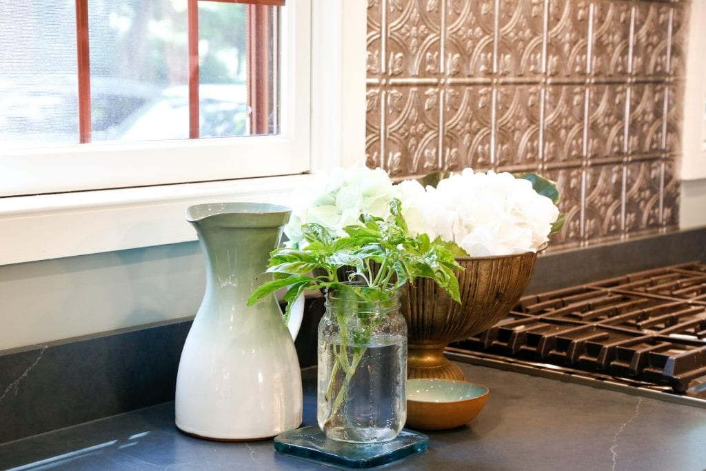 Dean Cabinetry Eudora Semi Custom Oxford II Full Access Full Overlay Kitchen Accents