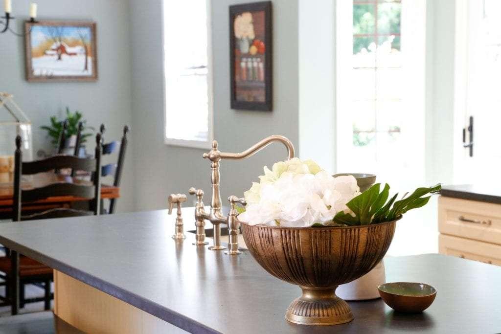 Dean Cabinetry Eudora Semi Custom Oxford II Full Access Full Overlay Kitchen Accents 2