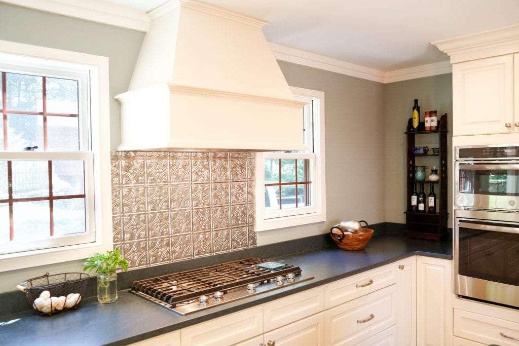 Dean Cabinetry Eudora Semi Custom Oxford II Full Access Full Overlay Kitchen Hood 2