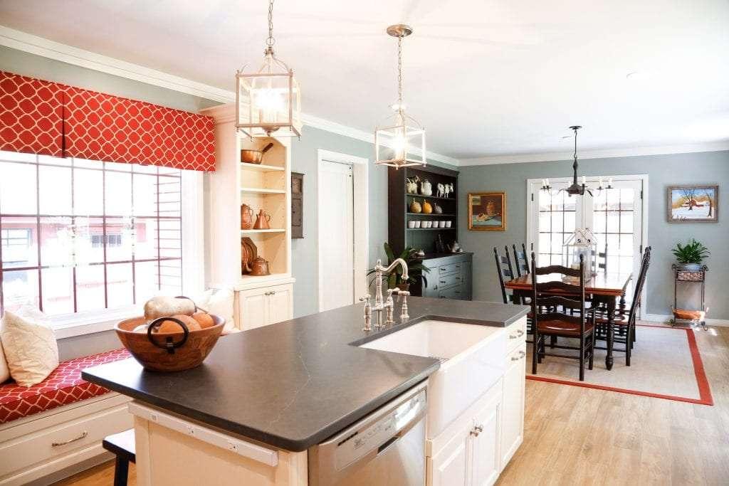 Dean Cabinetry Eudora Semi Custom Oxford II Full Access Full Overlay Kitchen Island