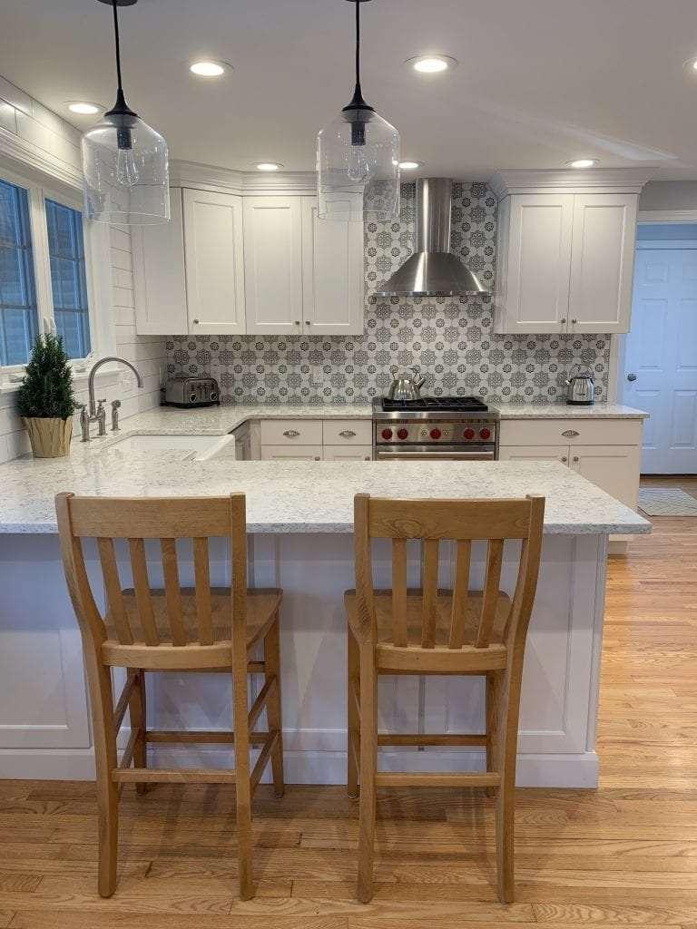 Eudora Semi Custom White Full Access Full Overlay Kitchen Peninsula