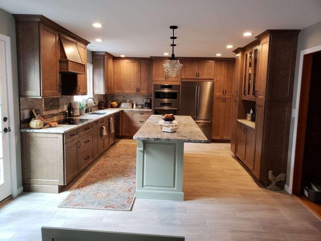 Dean Cabinetry Eudora Semi Custom Wood Stain Full Access Full Overlay Kitchen