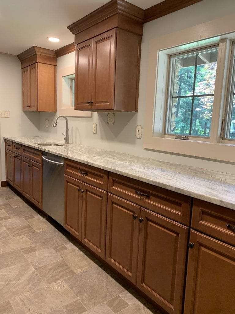 Dean Cabinetry Fabuwood Stock Hallmark Framed Full Overlay Kitchen