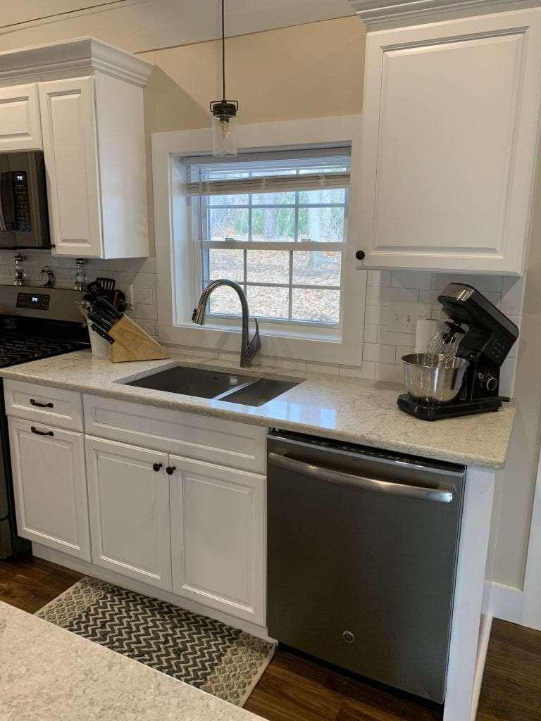 Fabuwood Stock White Framed Full Overlay Kitchen Sink