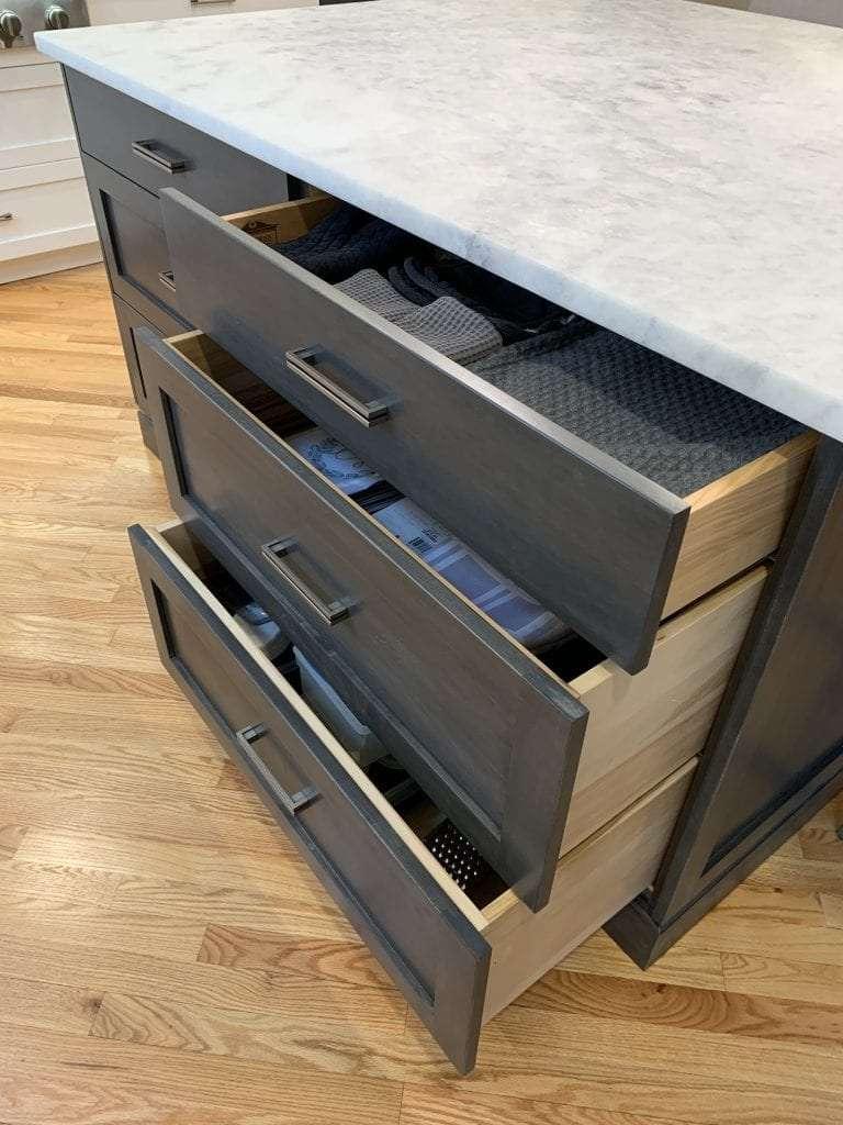 Dean Cabinetry John Dean Custom Cabinetry White Full Access Full Overlay Kitchen Drawer Base Cabinet
