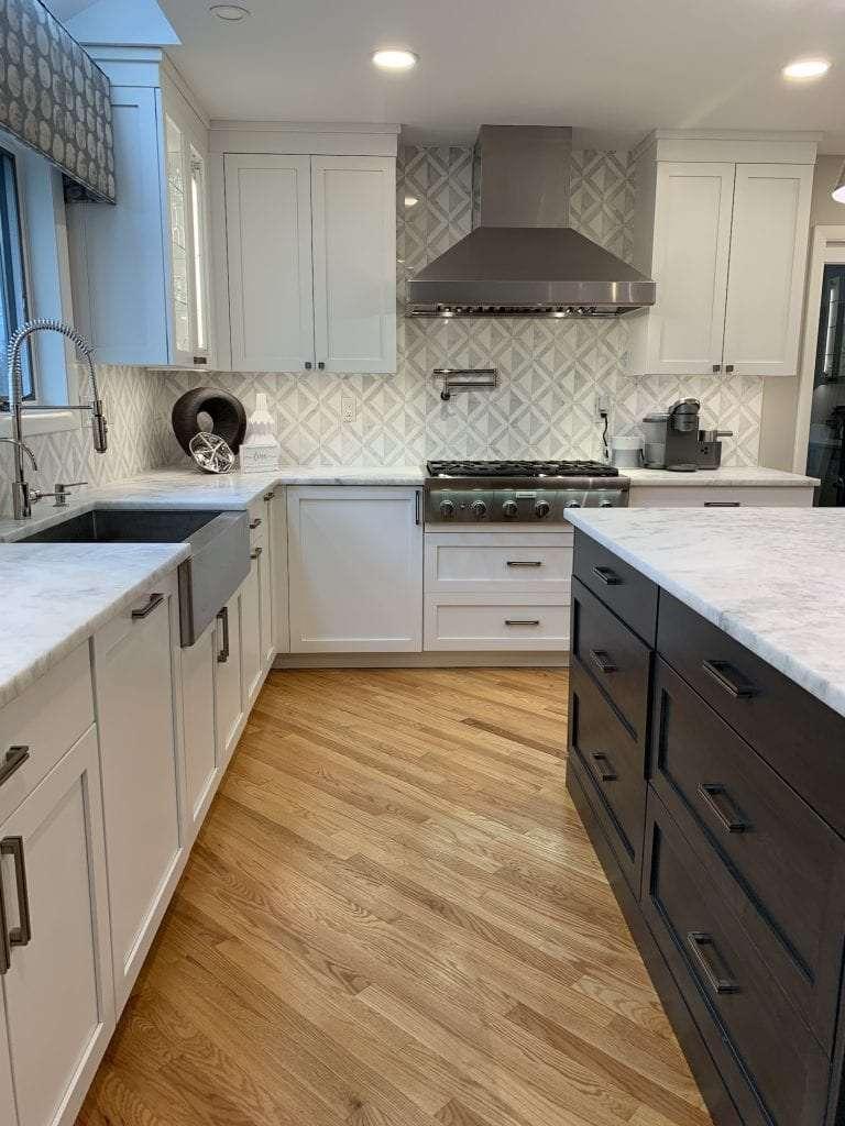 Dean Cabinetry John Dean Custom Cabinetry White Full Access Full Overlay Kitchen Stainless Steel Farm Sink