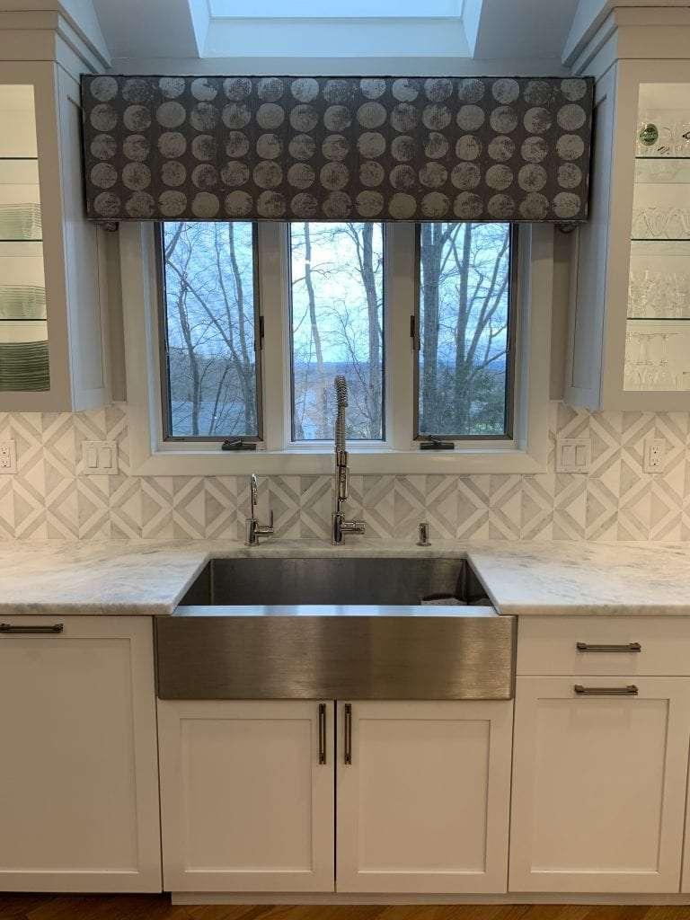 Dean Cabinetry John Dean Custom Cabinetry White Full Access Full Overlay Kitchen Stainless Steel Sink 2