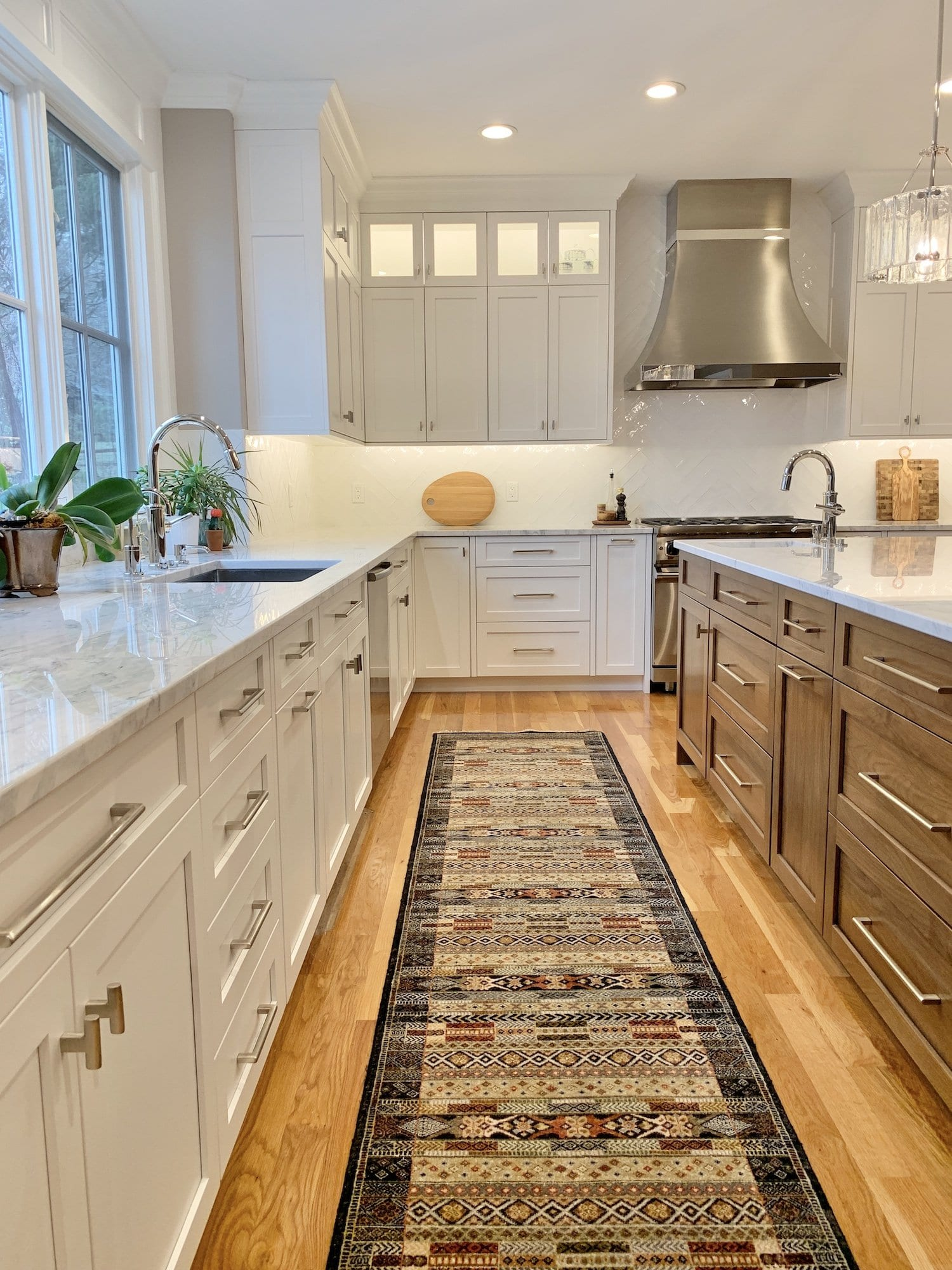 Dean Cabinetry John Dean Custom Cabinetry White Full Access Full Overlay Kitchen Carpet