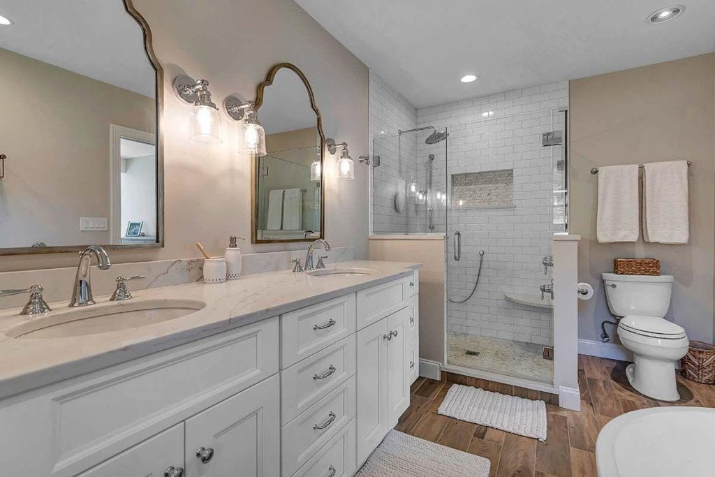Master Bathroom Renovation with Fabuwood Vanity.